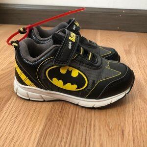 Batman Sneakers Sz 7 Hook & Loop Closure